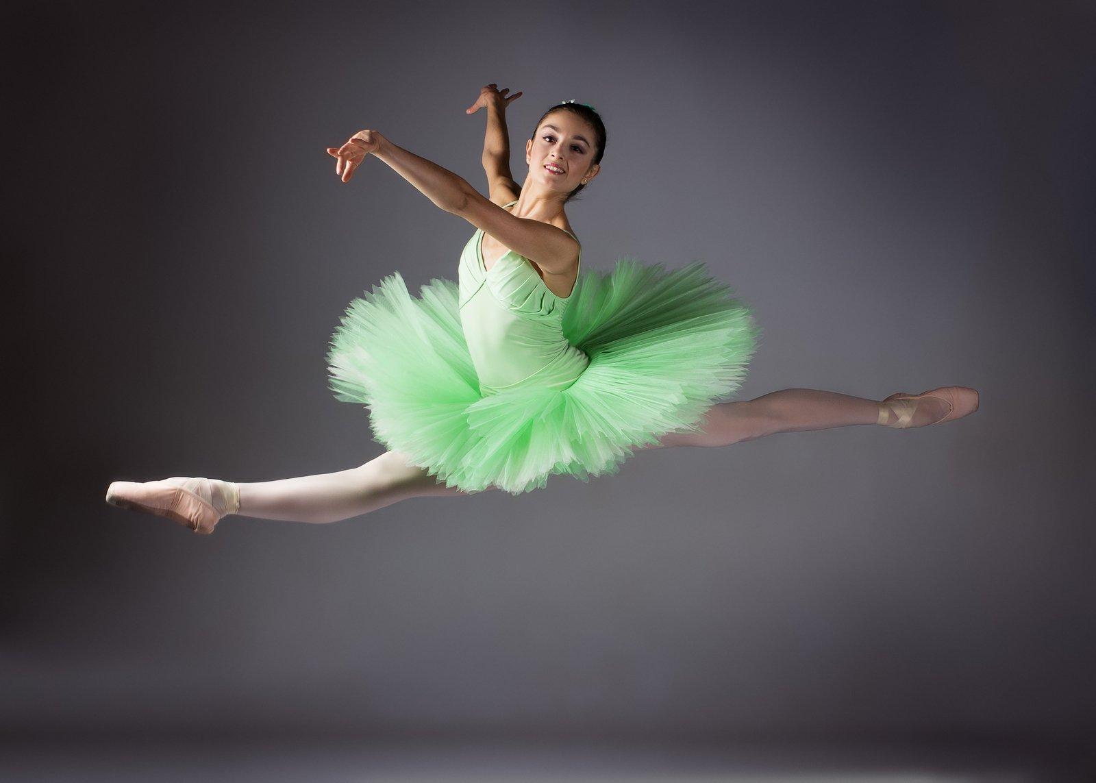 female-ballet-dancer-gray-backround-green-tutu