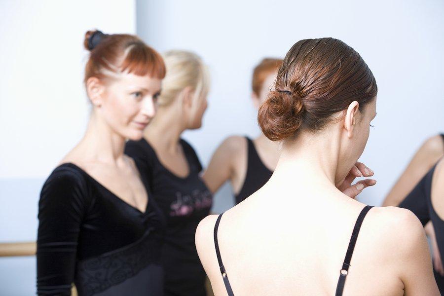 antisocial women in ballet class