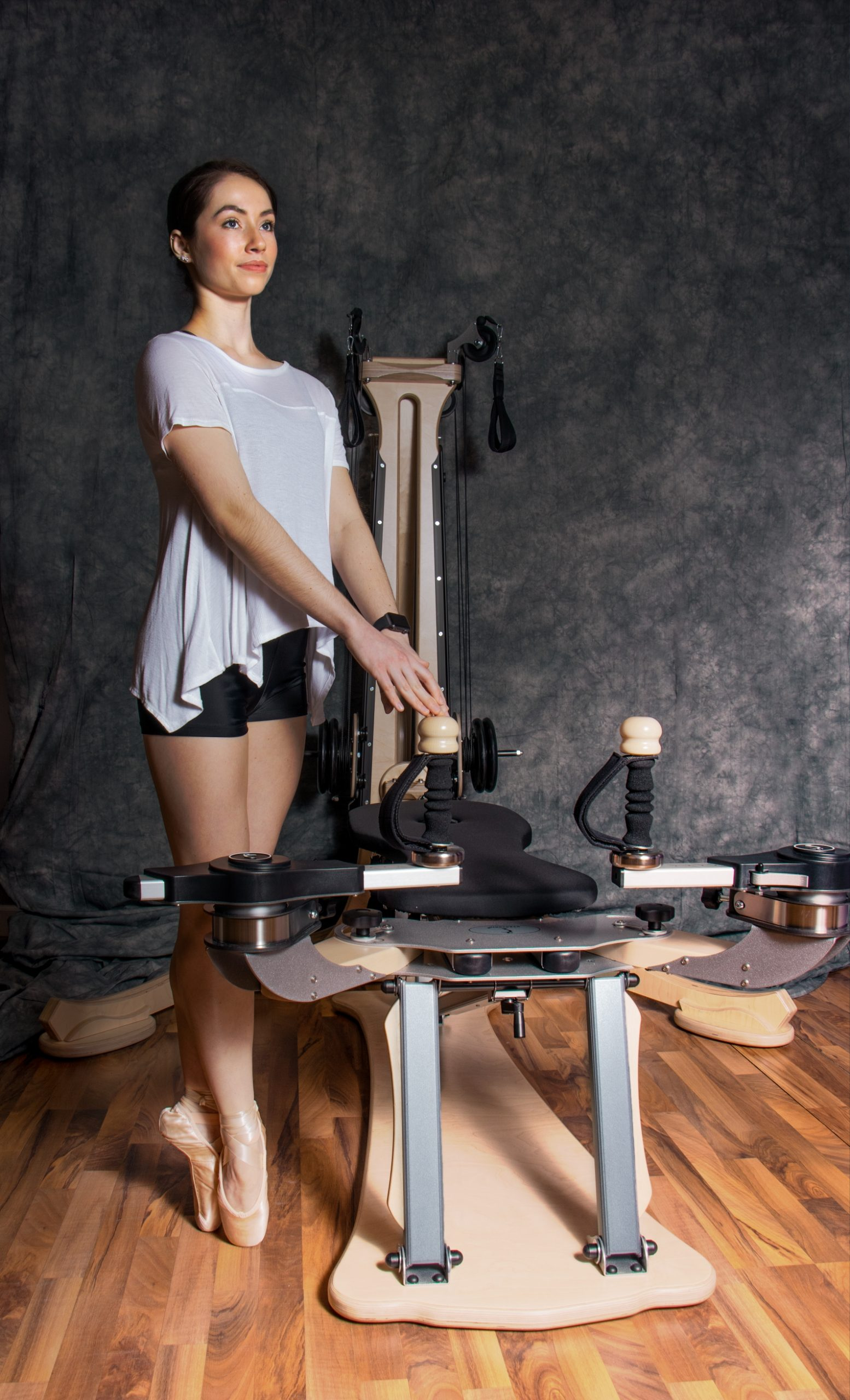 Annie-Ahsmann-gyrotonics-ballet-for-adults-scaled