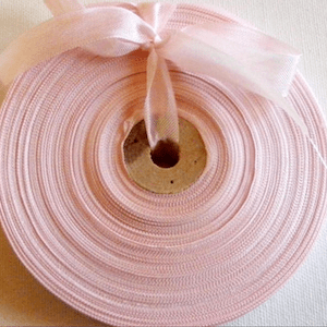 etsy-ballet-pink-ribbons-vintage